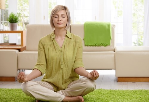 7 Common Meditation Techniques To Practice At Home Or Office